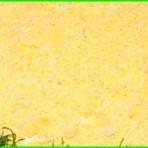 Салат из курицы и чернослива уже вкусный тем, что имеет в своем составе чернослив. Вкус и запах чернослива придают салату необычность и праздничность в настроении и аппетите.