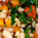 Салат из бобов и паприки